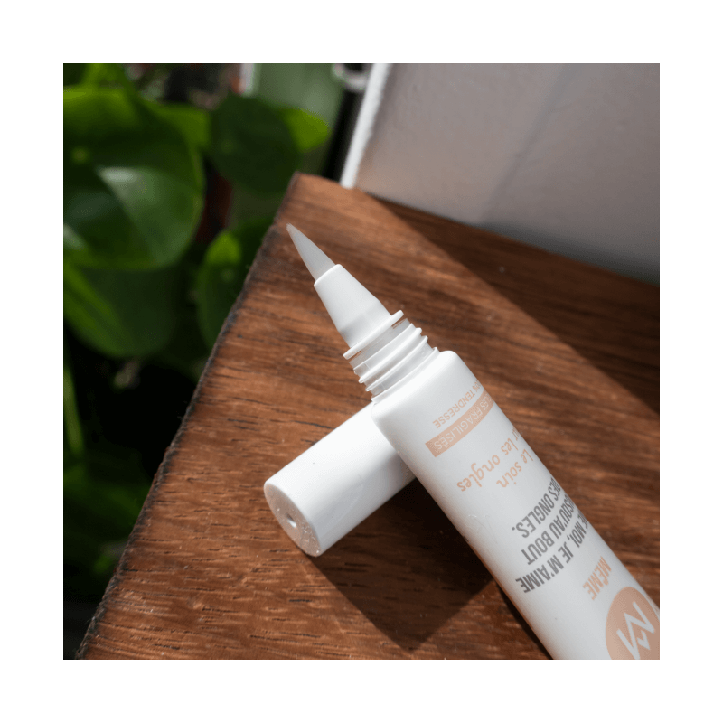 Nail Care for damaged, brittle and fragile nails - MÊME Cosmetics