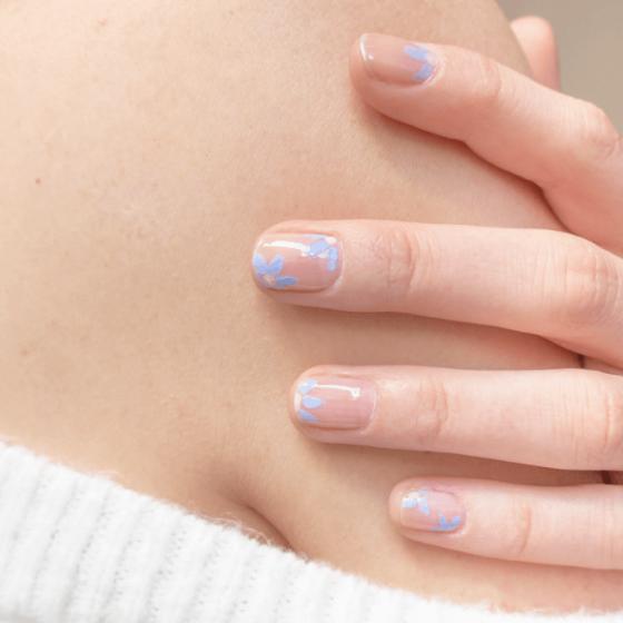 Lavender and Nude Silicon Manicure - MÊME Cosmetics