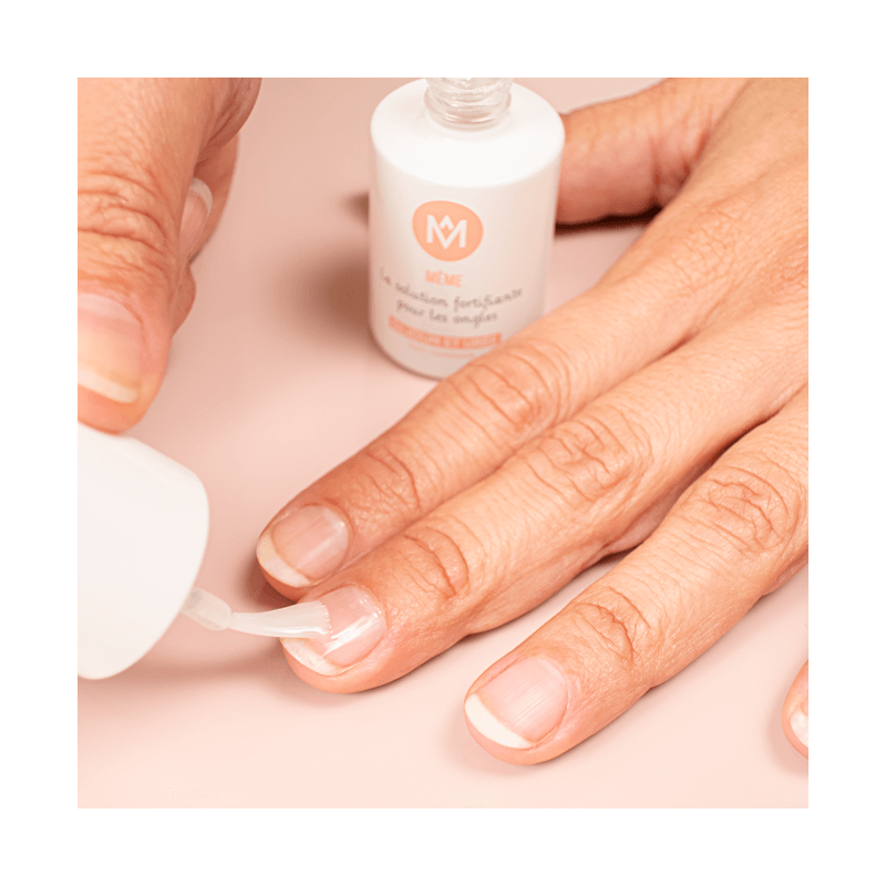 Fortifying Solution for streaky nails - MÊME Cosmetics