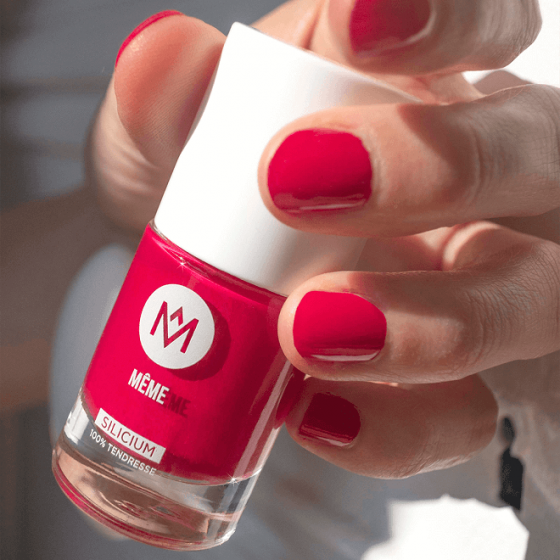 Raspberry Silicon Nail Polish for weakened nails - MÊME Cosmetics