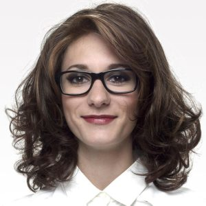 perruque-femme-cheveux-frise-chatain-mi-longs