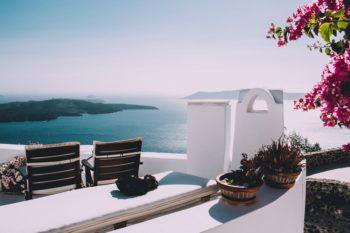 Vacances et traitements anticancéreux : tous nos conseils pour partir sereinement !